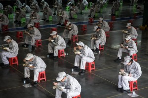 Biz-workers-1214503062-e1586133071808